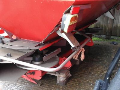 Kuhn MDS1142 Fertiliser Spreader