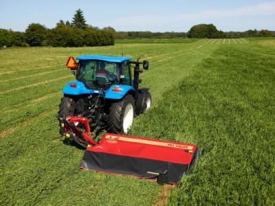 Grass Machinery - P and D Engineering (Bredon) Ltd