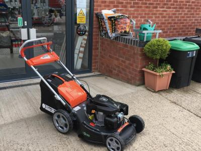Oleo Mac Allroad HD Lawnmower