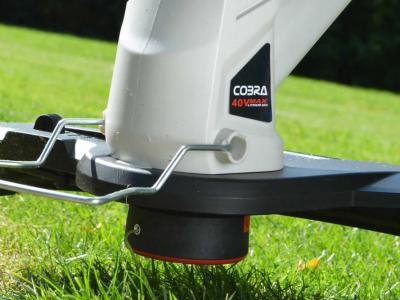 Cobra Cordless Grass Trimmer / Edger 24v Lithium