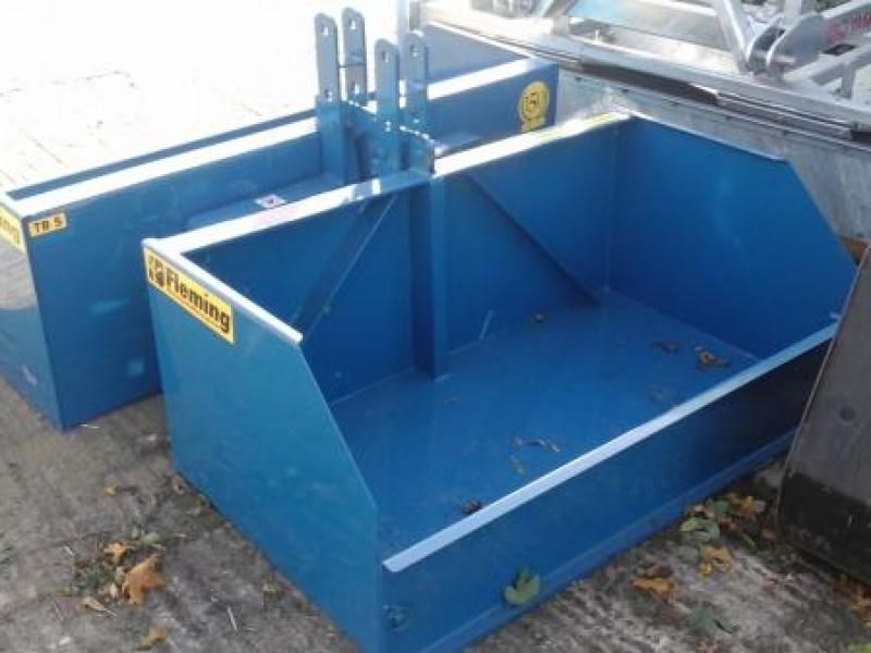 Fleming 4ft transport boxes