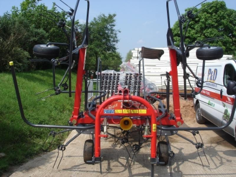 Vicon Fanex 553 Tedder for Sale - P and D Engineering