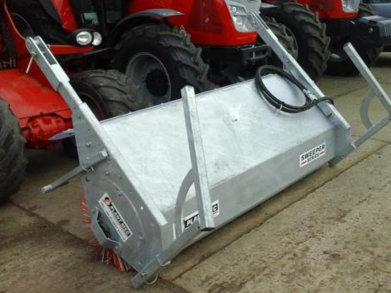 Plant Mec Bucket Brush