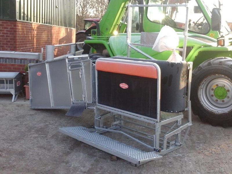 Ritchie Sheep Combi Clamp